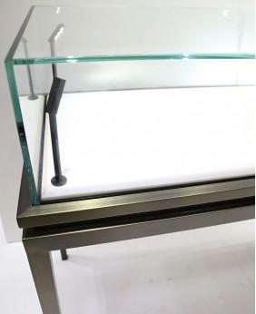 High End Jewelry Portable Glass Jewelry Showcase