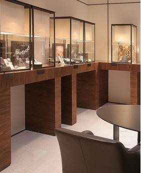High End Display Showcase For Jewelry Store