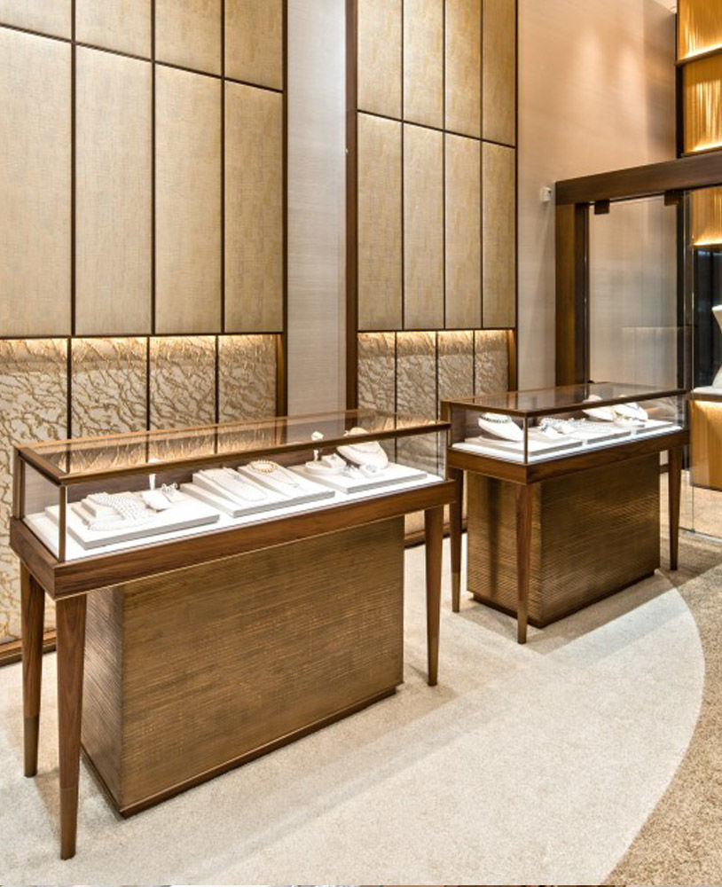 High End Luxury Jewelry Store Showcase Design