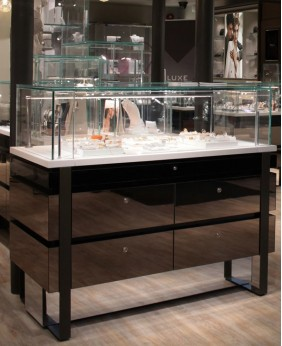 High End Gloss Jewelry Store Display Cabinet
