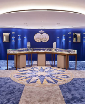 High End Creative Jewellery Showroom Designs