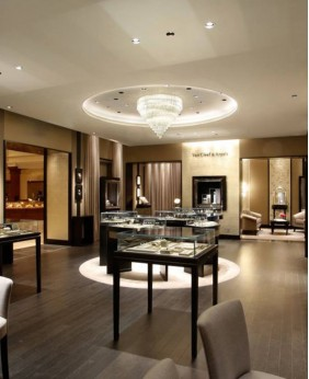 Commercial Jewelry Store Display Design