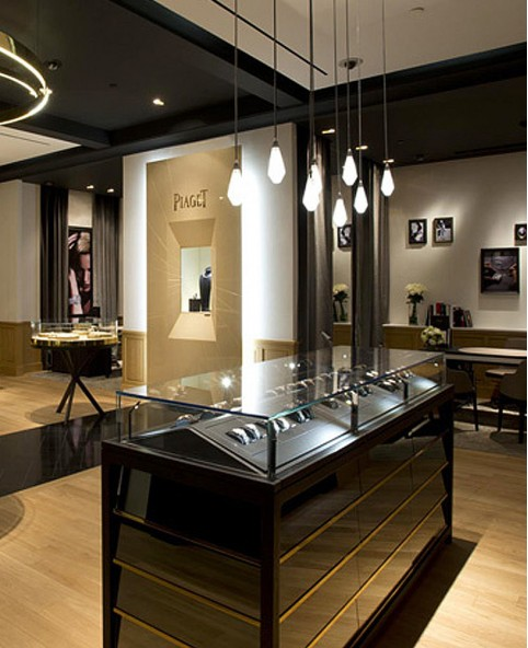 Interior Decor Stores: Luxury Watch Store Interior Design