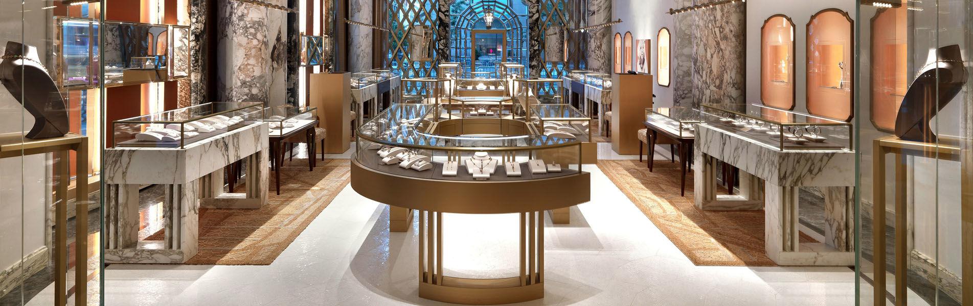 Jewelry store showcase